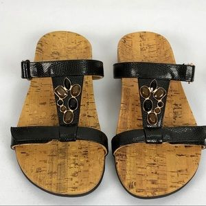 Vionic Jeweled Sandals Size 8 Leather straps
